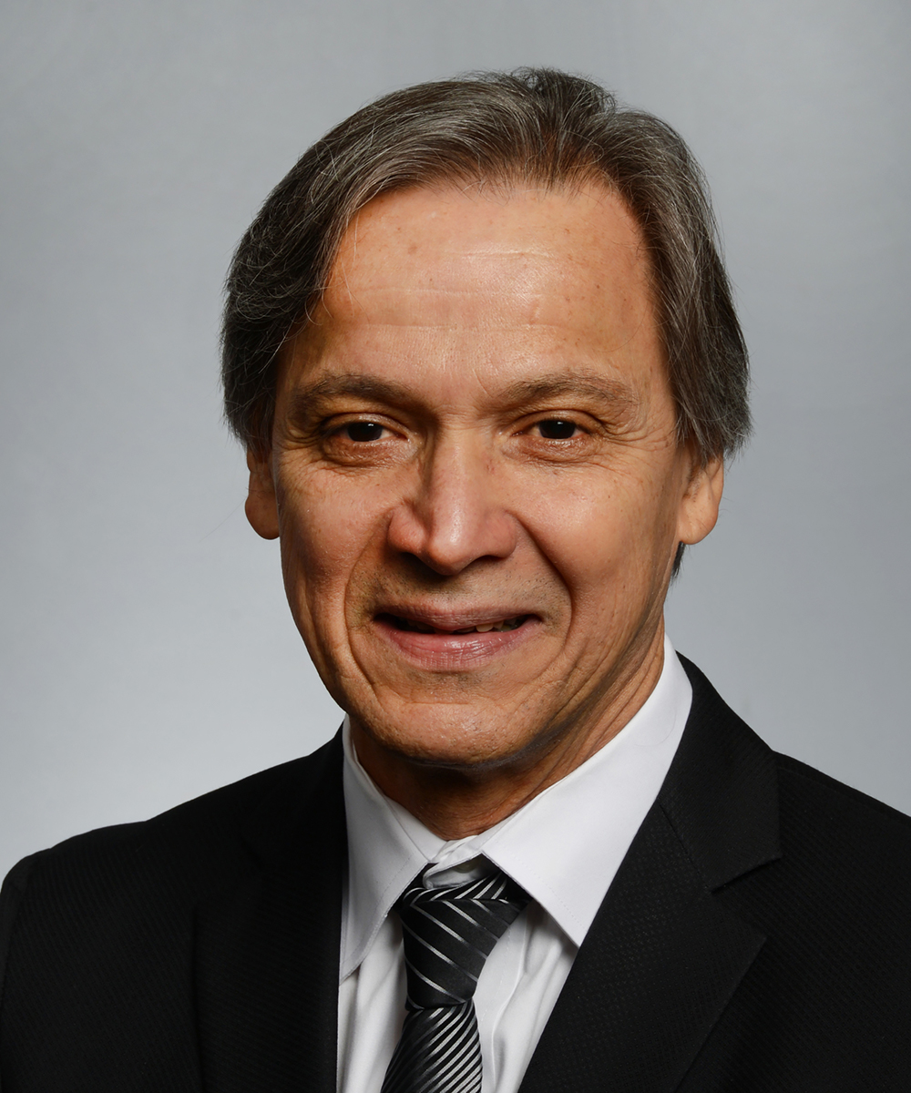 Photo of Eduardo Simoes, MD
